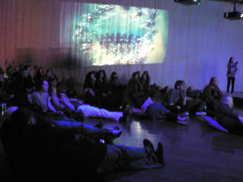 WJ-S PERFORMANCE @ MUSÉE BRANLY, PARIS